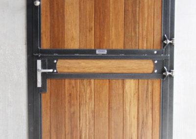 f002-door-smulders